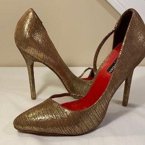 Charles Jordan Paris Gold high heels 👠
